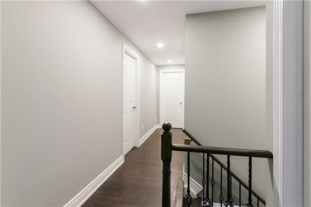 Detached at 894 Anderson Ave, Milton, Ontario. Image 3