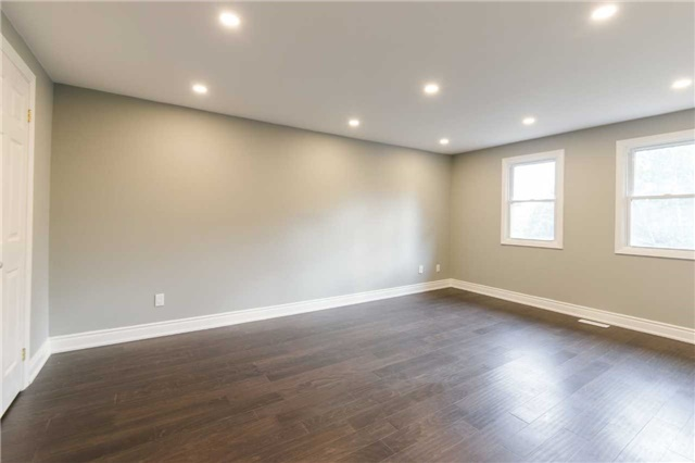 Detached at 894 Anderson Ave, Milton, Ontario. Image 4