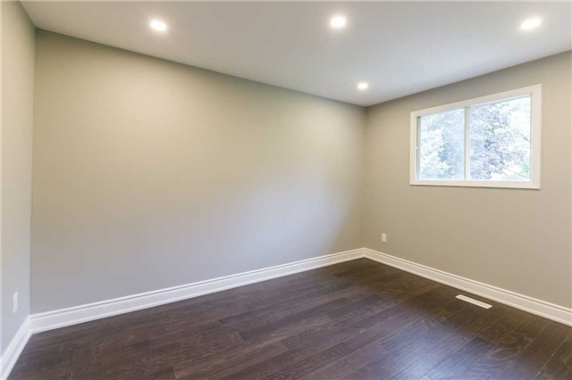 Detached at 894 Anderson Ave, Milton, Ontario. Image 10