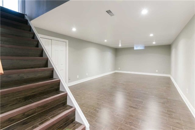 Detached at 894 Anderson Ave, Milton, Ontario. Image 11