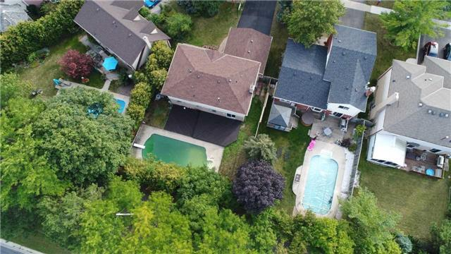 Detached at 894 Anderson Ave, Milton, Ontario. Image 13