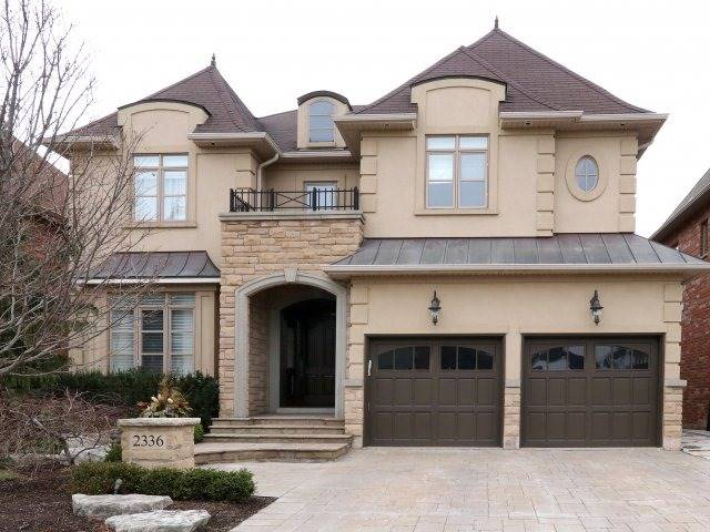 Detached at 2336 Gamble Rd, Oakville, Ontario. Image 1