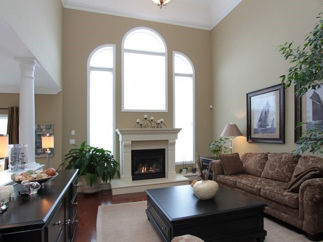Detached at 2336 Gamble Rd, Oakville, Ontario. Image 14