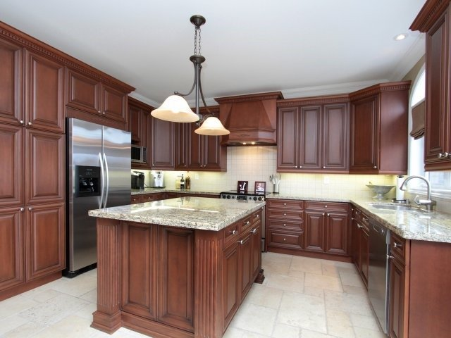 Detached at 2336 Gamble Rd, Oakville, Ontario. Image 17