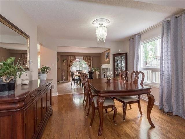 Detached at 6236 Miller's Grve, Mississauga, Ontario. Image 14