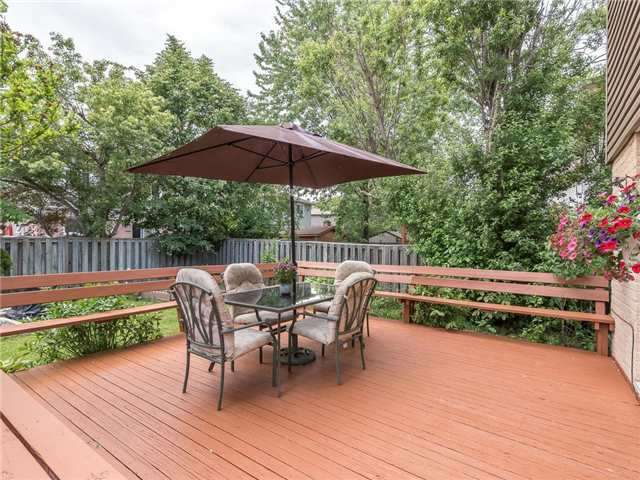 Detached at 6236 Miller's Grve, Mississauga, Ontario. Image 10