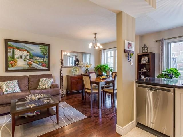 Condo Townhouse at 6950 Tenth Line, Unit 70, Mississauga, Ontario. Image 20