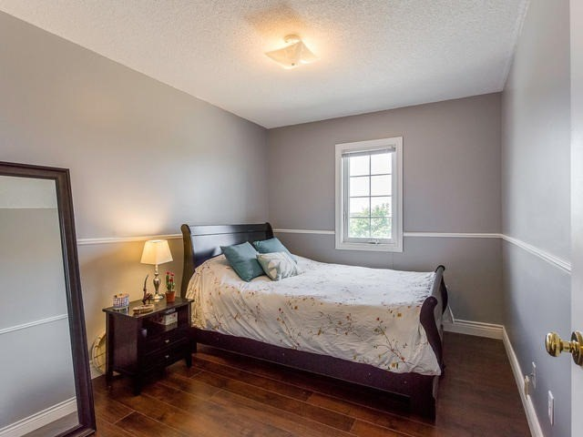 Condo Townhouse at 6950 Tenth Line, Unit 70, Mississauga, Ontario. Image 6