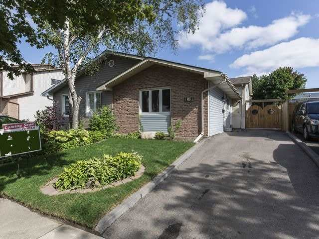 Semi-detached at 54 Carberry Cres, Brampton, Ontario. Image 1
