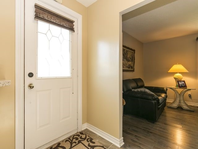 Semi-detached at 54 Carberry Cres, Brampton, Ontario. Image 13