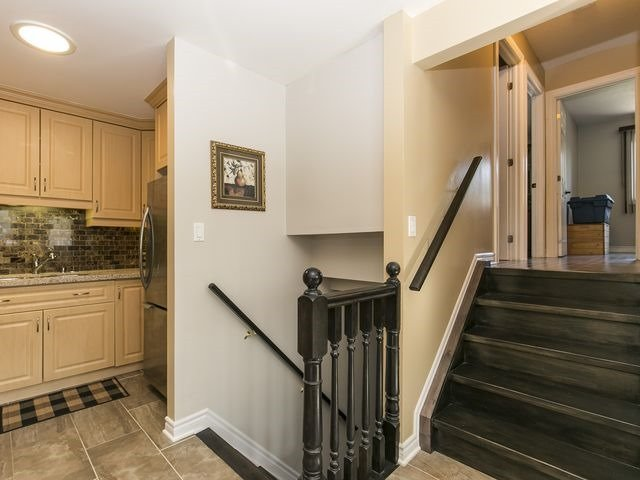 Semi-detached at 54 Carberry Cres, Brampton, Ontario. Image 17