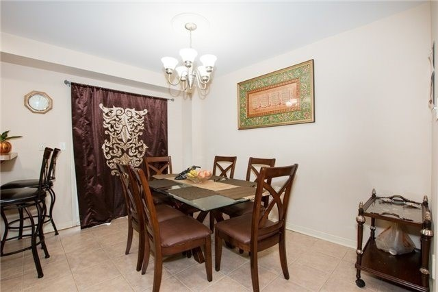 Semi-detached at 5967 Churchill Meadows Blvd, Mississauga, Ontario. Image 19
