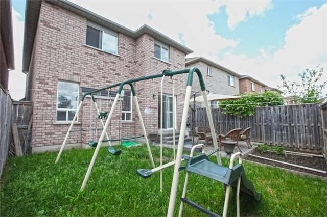 Detached at 5 Florence Dr, Brampton, Ontario. Image 10