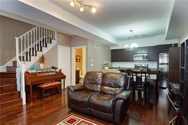 Condo Townhouse at 5 Richgrove Dr, Unit 105, Toronto, Ontario. Image 14