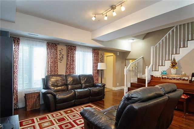 Condo Townhouse at 5 Richgrove Dr, Unit 105, Toronto, Ontario. Image 15