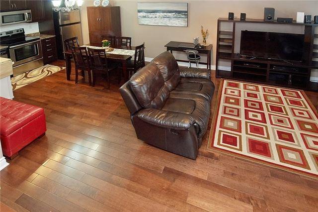 Condo Townhouse at 5 Richgrove Dr, Unit 105, Toronto, Ontario. Image 3