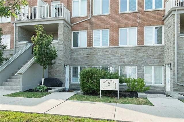 Condo Townhouse at 5 Richgrove Dr, Unit 105, Toronto, Ontario. Image 13
