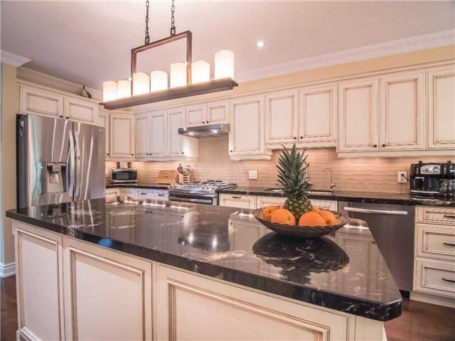 Condo Townhouse at 1905 Broad Hollow Gate, Unit 20, Mississauga, Ontario. Image 15