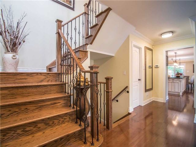 Condo Townhouse at 1905 Broad Hollow Gate, Unit 20, Mississauga, Ontario. Image 2