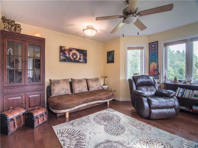 Condo Townhouse at 1905 Broad Hollow Gate, Unit 20, Mississauga, Ontario. Image 4