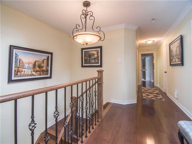Condo Townhouse at 1905 Broad Hollow Gate, Unit 20, Mississauga, Ontario. Image 5