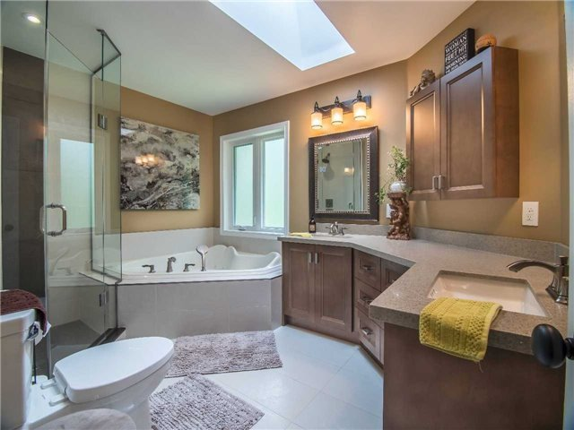 Condo Townhouse at 1905 Broad Hollow Gate, Unit 20, Mississauga, Ontario. Image 7