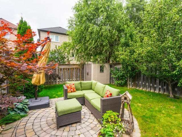 Semi-detached at 46 Silvervalley Dr, Caledon, Ontario. Image 9