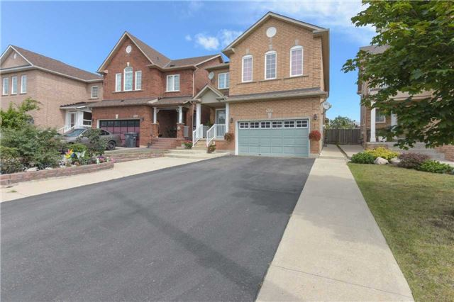 Detached at 6913 Vicar Gate, Mississauga, Ontario. Image 12