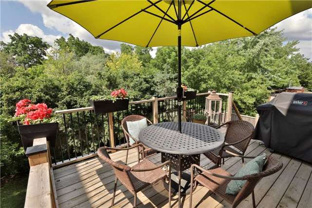 Detached at 2519 Scotch Pine Dr, Oakville, Ontario. Image 16
