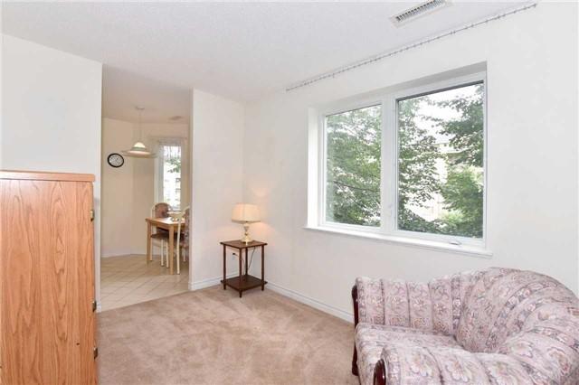 Condo Apartment at 7 Dayspring Circ, Unit 201, Brampton, Ontario. Image 17
