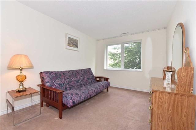 Condo Apartment at 7 Dayspring Circ, Unit 201, Brampton, Ontario. Image 6
