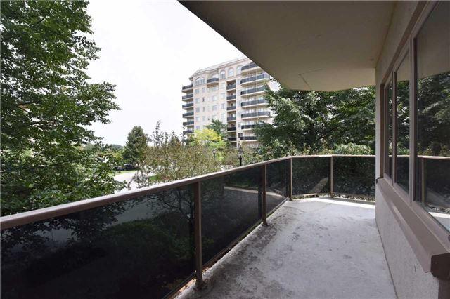 Condo Apartment at 7 Dayspring Circ, Unit 201, Brampton, Ontario. Image 8