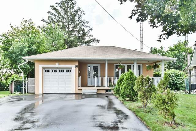 Detached at 9 Quinby Crt, Toronto, Ontario. Image 8