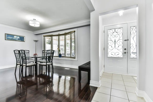 Detached at 9 Quinby Crt, Toronto, Ontario. Image 10