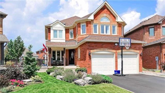 Detached at 110 Lauchlin Cres, Halton Hills, Ontario. Image 1