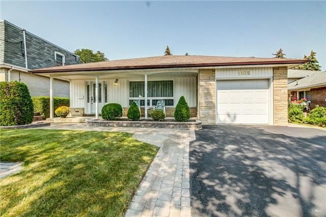Detached at 1035 Homeric Dr, Mississauga, Ontario. Image 12