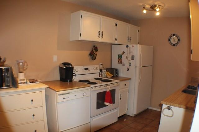 Condo Apartment at 2929 Aquitaine Ave, Unit 612, Mississauga, Ontario. Image 11