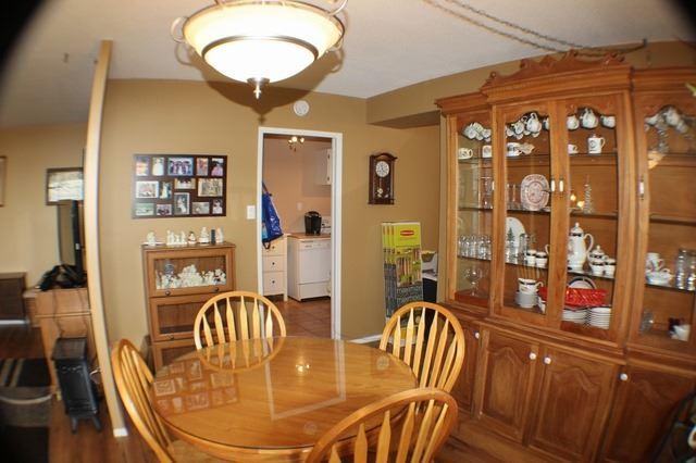 Condo Apartment at 2929 Aquitaine Ave, Unit 612, Mississauga, Ontario. Image 13