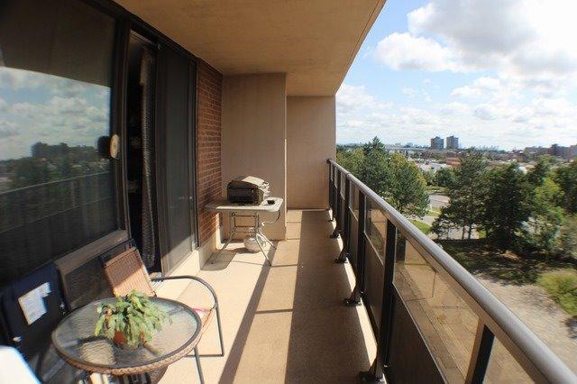Condo Apartment at 2929 Aquitaine Ave, Unit 612, Mississauga, Ontario. Image 15