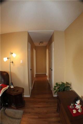 Condo Apartment at 2929 Aquitaine Ave, Unit 612, Mississauga, Ontario. Image 17