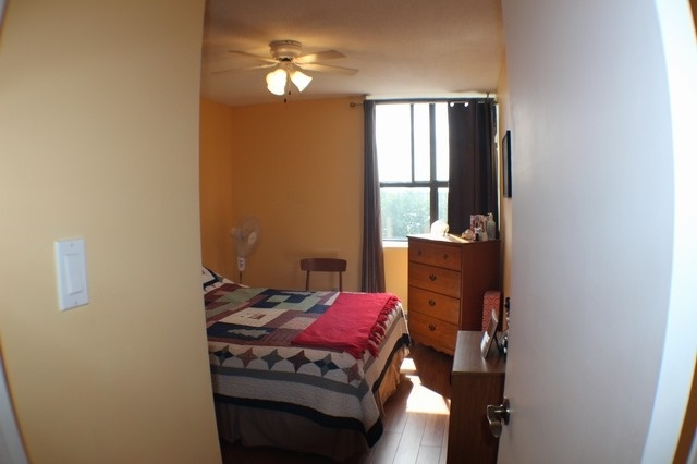 Condo Apartment at 2929 Aquitaine Ave, Unit 612, Mississauga, Ontario. Image 3