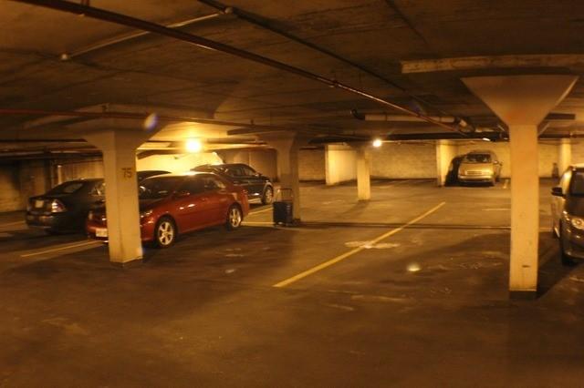 Condo Apartment at 2929 Aquitaine Ave, Unit 612, Mississauga, Ontario. Image 8