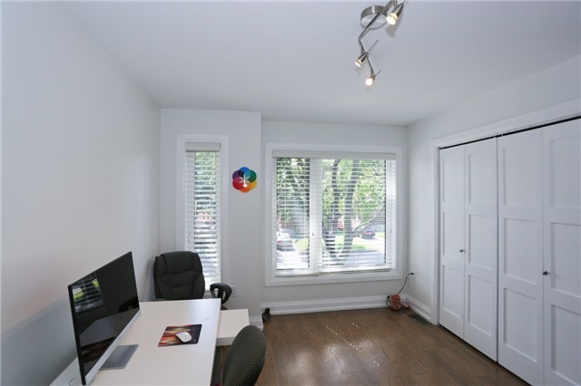 Detached at 41 Westhead Rd, Toronto, Ontario. Image 4