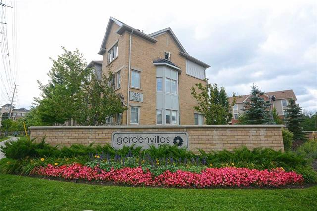 Condo Townhouse at 3100 Thomas St, Unit 12, Mississauga, Ontario. Image 12