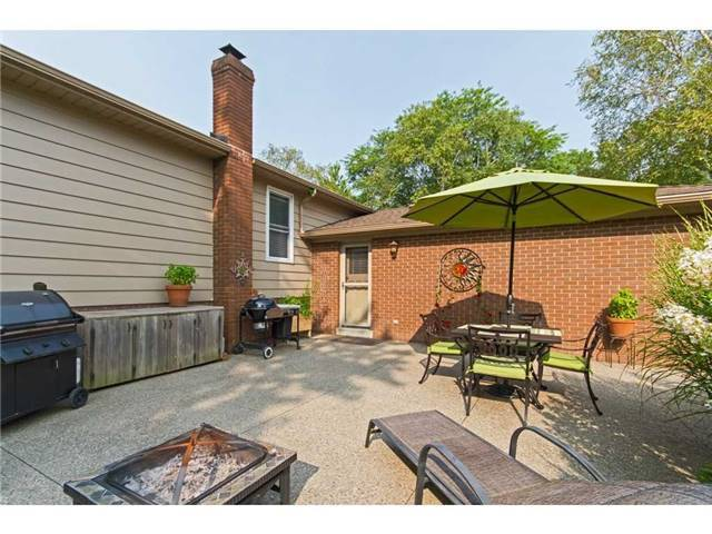 Detached at 4446 Hawthorne Dr, Burlington, Ontario. Image 8