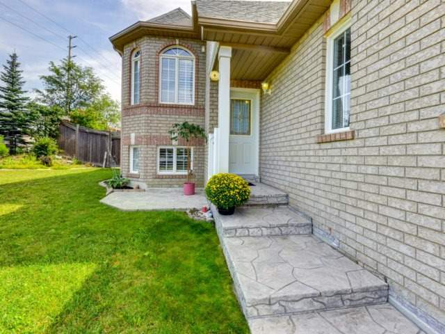 Detached at 7349 Zinnia Pl, Mississauga, Ontario. Image 14
