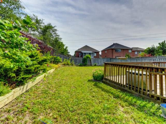 Detached at 7349 Zinnia Pl, Mississauga, Ontario. Image 10