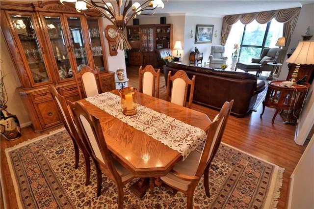 Condo Apartment at 1230 Marlborough Crt, Unit 810, Oakville, Ontario. Image 20