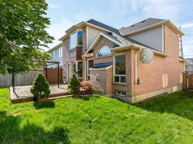Detached at 401 Cedar Hedge Rd, Milton, Ontario. Image 13