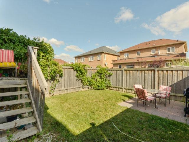 Semi-detached at 5578 Bonnie St, Mississauga, Ontario. Image 8